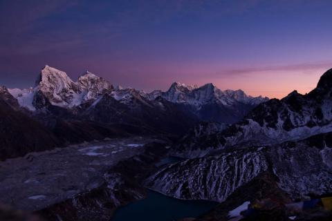 Sunset view from Gokyo Ri